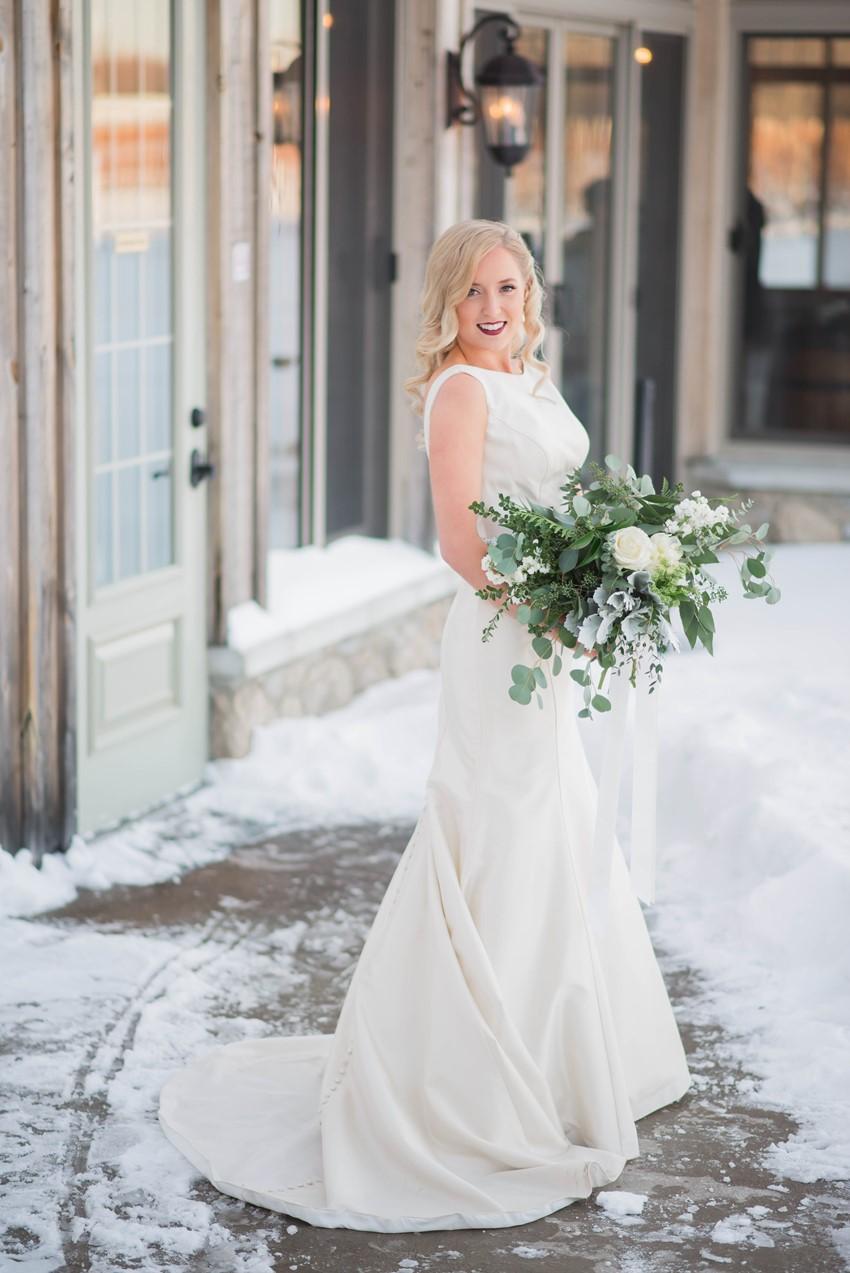 Glam-Winter-Bride